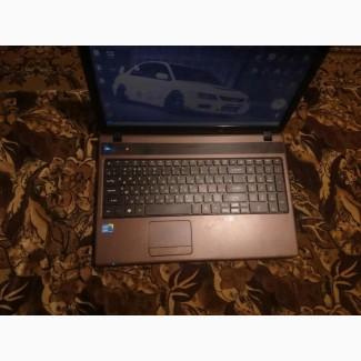 Большой, красивый ноутбук, в хорошем состоянии Acer Aspire 5742 коричневого цвета