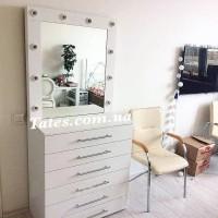 Зеркало для макияжа Almir с комодом