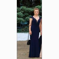 Очень красивое вечернее выпускное платье темно синего цвета