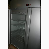 Холодильный морозильный шкаф Carboma V1400 двухдверный