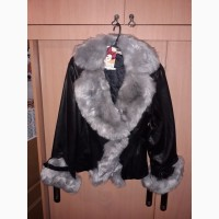 Куртки кожаные женские