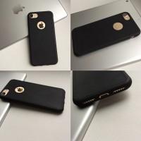 Силиконовый чехол под кожу с вырезом на iPhone 7/8