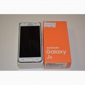 Смартфон Samsung J5 (2015)