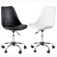 Офисный стул Астер белый черный стулья на колесиках с подушечкой