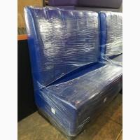 Продажа б/у диванов синего цвета из кожзама для общепита
