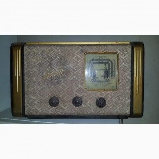 Продам Радиоприемник рекорд 53 1962 года выпуска