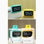 Часы-будильник и зарядное устройство c 4 USB портами, Remax RMC-05 LED часы Remax RMC-05