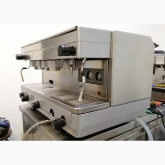 Аренда кофемашины и кофемолки бункерного типа для кафе. Без привязки к кофе