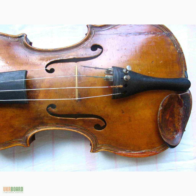 Фото 5. Скрипка 18-го века