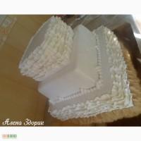 Свадебный 3-х ярусный торт с рюшами