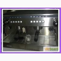 Профессиональная кофемашина бу. Futurmat Rimini
