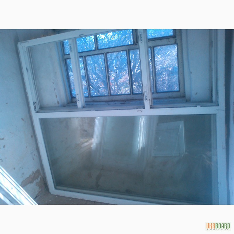 В доме пластиковые окна текут