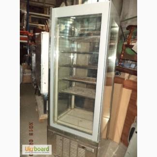 Витрина для Мороженного Вертикальная 4 стекла 20 Италия б/у в рабочем состоянии