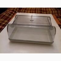 Пластиковая емкость для охлажденных продуктов в холодильник (Новая)