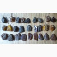 Кулончики из натурального янтаря