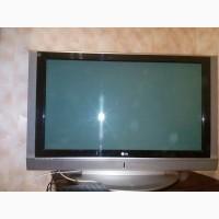 Продам б/у телевизор LG 42PC1RR