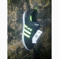 Продам кроссовки Adidas 44р