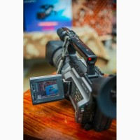 Видеокамера SONY VX2100E