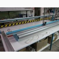 Приспособление для нарезки тканей из рулона.Используется для в производстве рулонных штор