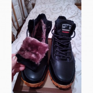Ботинки зимние спортивные 44р