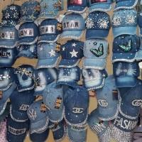 Кепки джинсовые Capricorn со стразами, ОГ 50- 55 см опт и розница