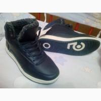 Продам мужские осенние стильные ботинки 42р