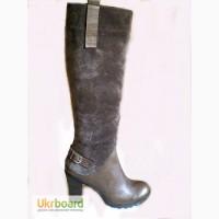 Модные серые зимние женские сапоги на каблуке. Приятные цены.