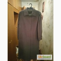 Демисезонное женское пальто и шарф