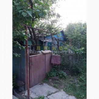 Продам часть дома старой постройки в пгт. Великодолинское