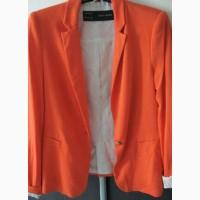 Классный яркий пиджак Zara, р.36