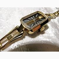 Часы механические Луч женские, новые, раритетные, в коллекцию