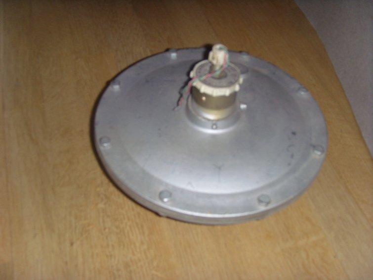 Фото 7. Предлагаем манометры, терморегуляторы, вторичные приборы КИПиА