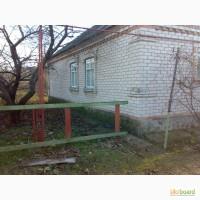 Дом газофицированный, Гараж +летняя кухня 4х8
