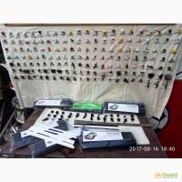 Продам клипсы, саморезы автомобилные, электроды для сварки пластика