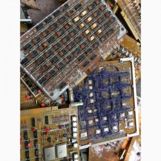 Платы, радиодетали, осциллограф, прибор