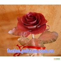 Кована роза -хороший подарок девушки и оригинальный предмет интерьера