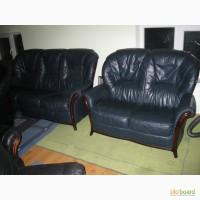 Продам кожаный комплект мягкой мебели 3+ 2 синий и 2+2-желтый