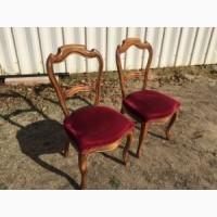 Антикварная пара стульев