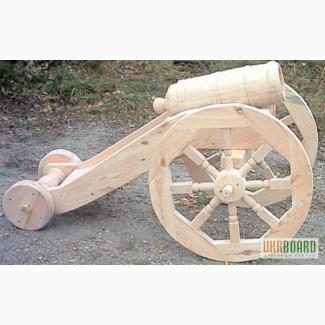 Старинные декоративные пушки в натуральную величину