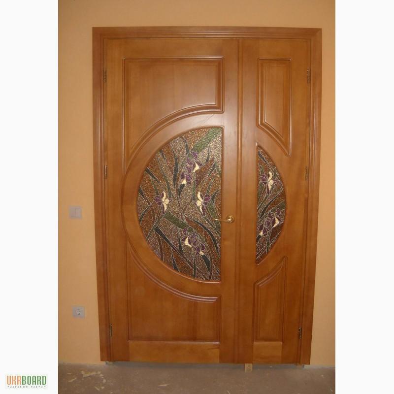 Фото 3. Дерев'яні двері з масиву сосни