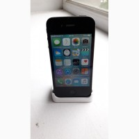 Продам iPhone 4S 16GB Black Neverlock, зарядка + кабель + док. станция