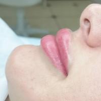 Перманентный макияж бровей, стрелочек и губ