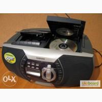 Стильная магнитола с CD и радио Samsung RCD-590