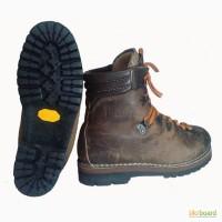 Ботинки для альпинизма. Размер 39/25 см. Зимне- высотный вариант