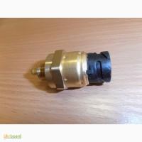 1077574 Датчик давления масла Volvo и температуры, D12C/D, 4-х контактный