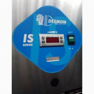 Шкаф морозильный в нержавейке Desmon б/у для ресторана кафе