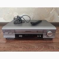 Проигрыватель видеокассет Samsung SVR-567