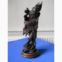 Старинная китайская деревянная статуэтка