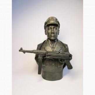 Бюст украинского повстанца (УПА)