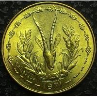 Западная Африка 5 франков 1971 год UNC!!! ОТЛИЧНОЕ СОСТОЯНИЕ